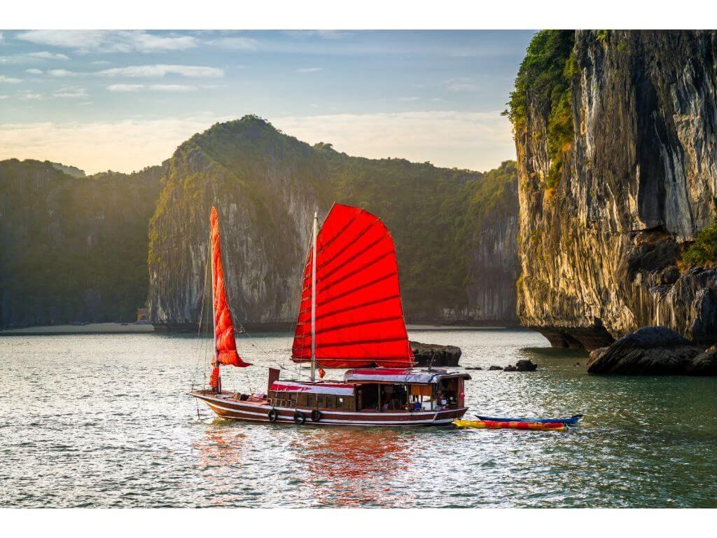 vistas-bahia-halong-ha-long-bay-views-vietnam-2