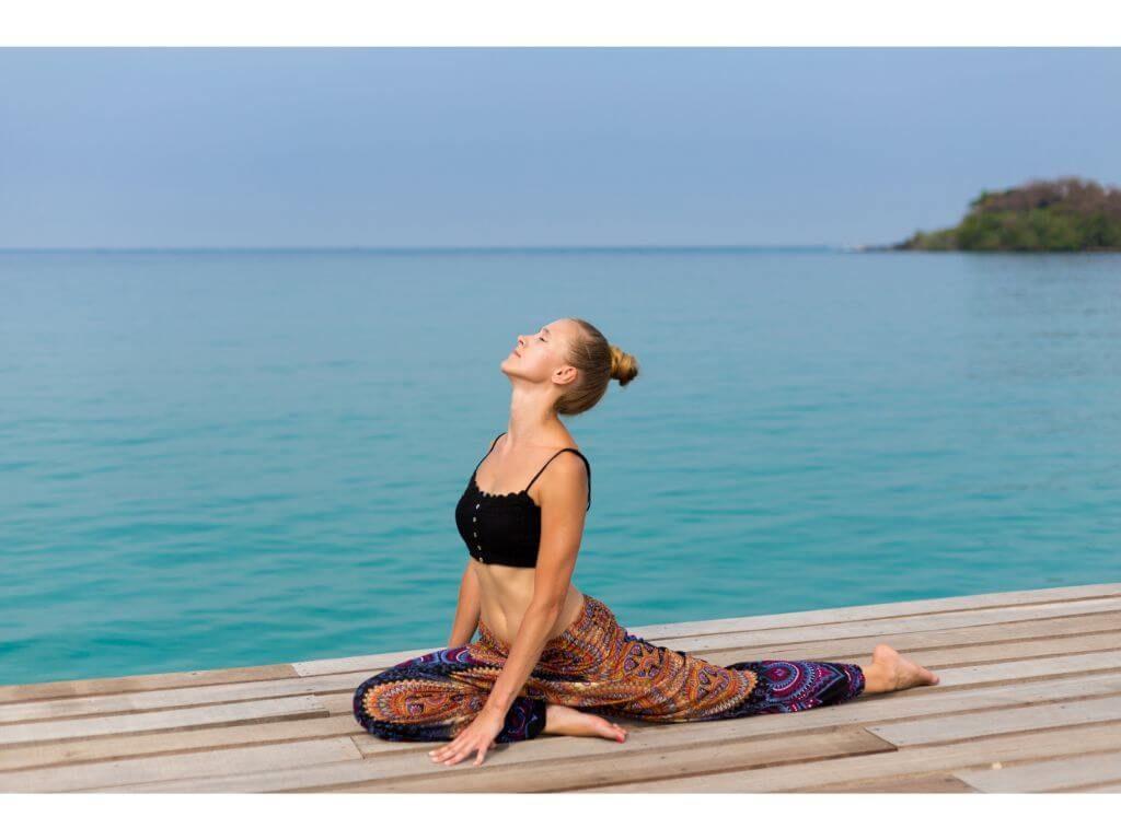 yoga-playa-koh-chang-tailandia